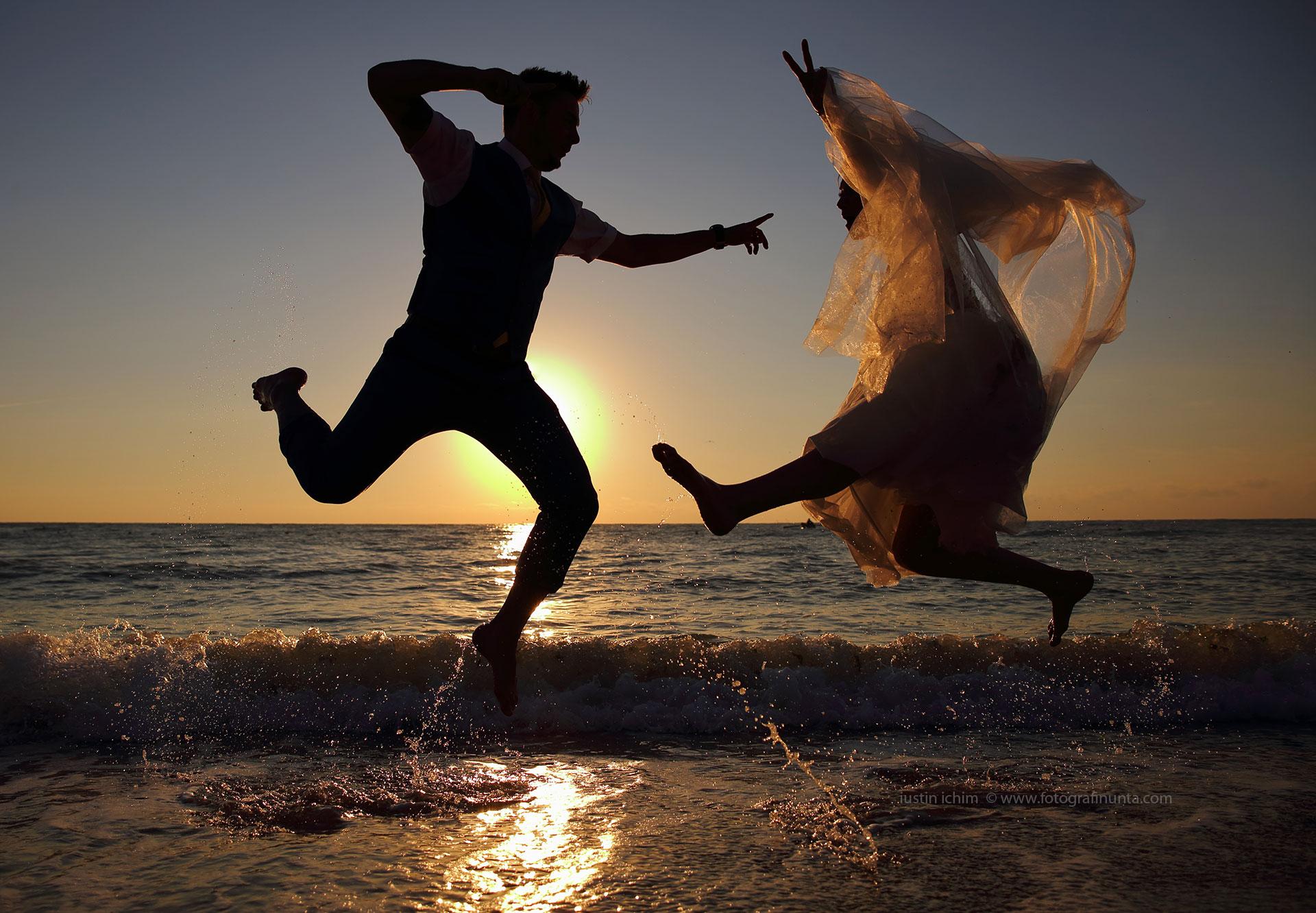 Sesiune foto Trash the dress la mare