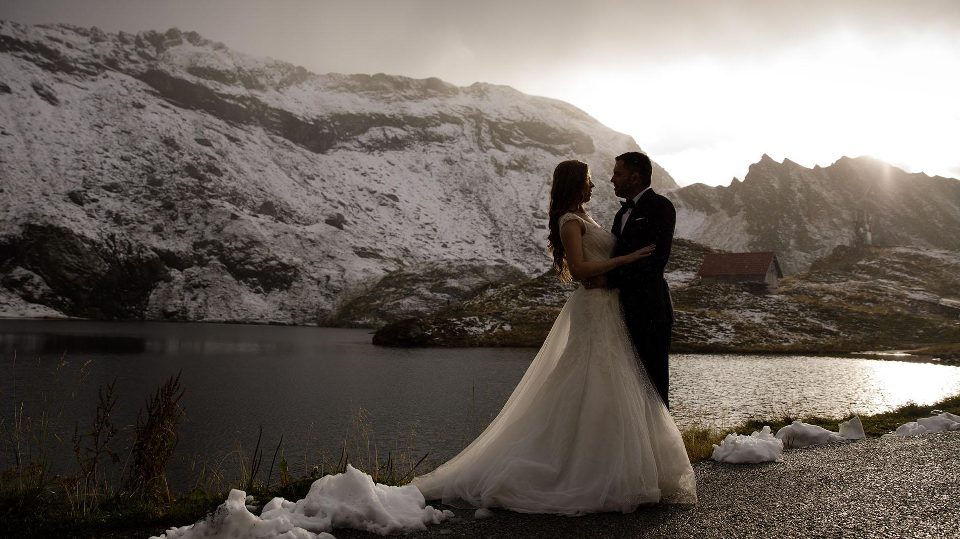 Sedinta foto dupa nunta, Trash the dress la munte