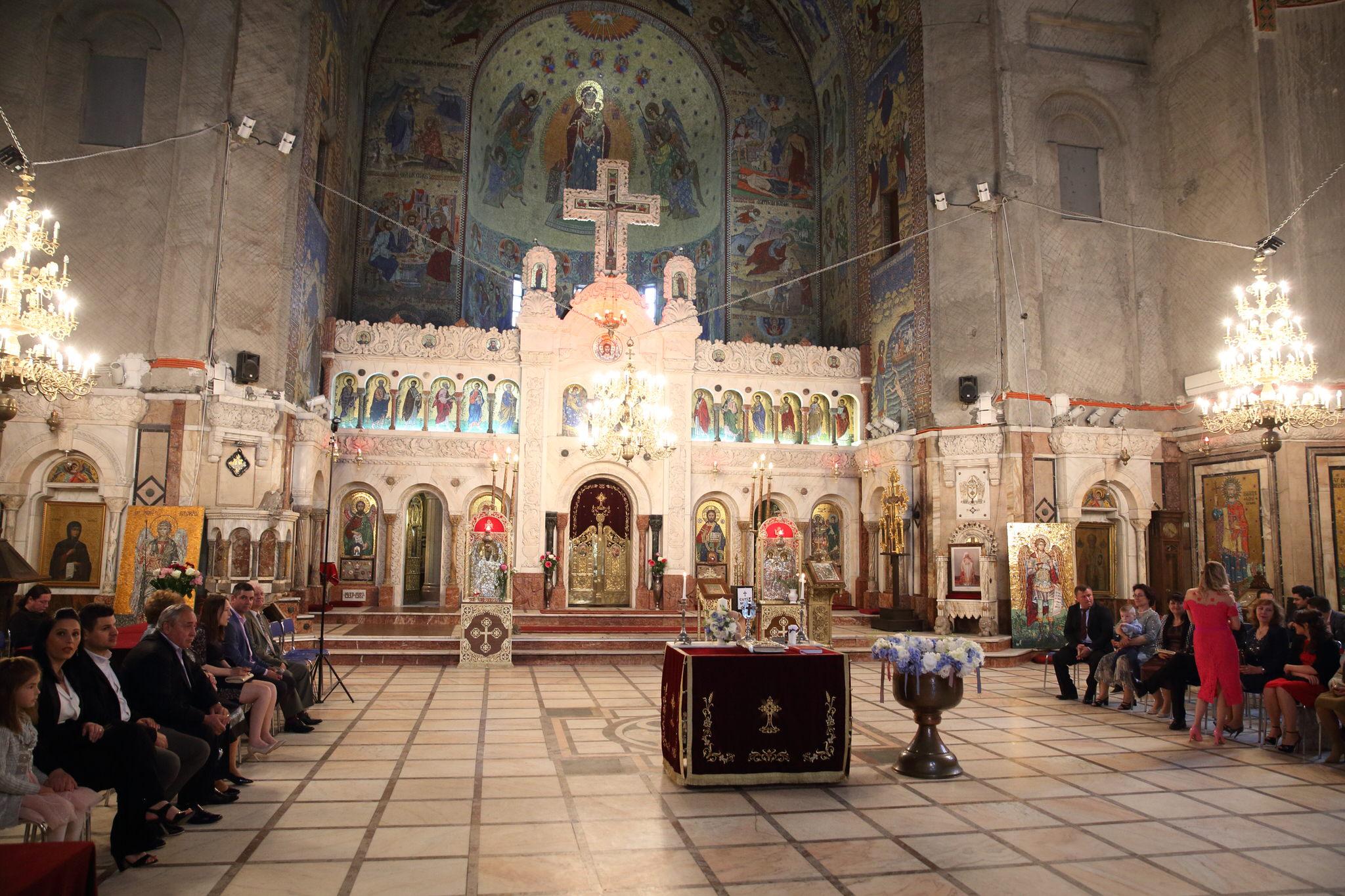 Biserica, Mănăstirea Cașin