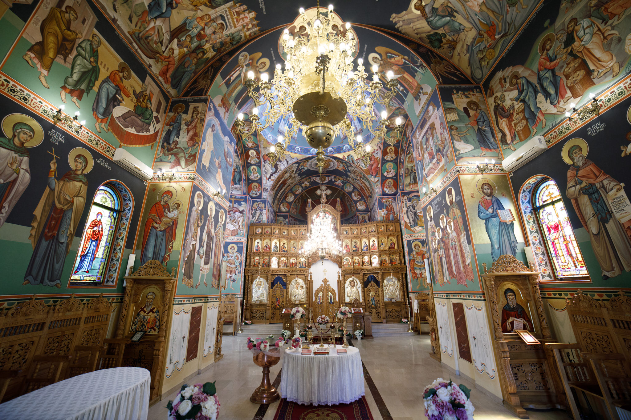 Biserica Vatra Luminoasă